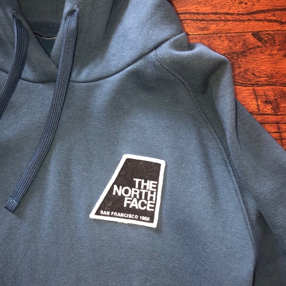 9f61f9bd0 Women's North Face Patch Hoodie